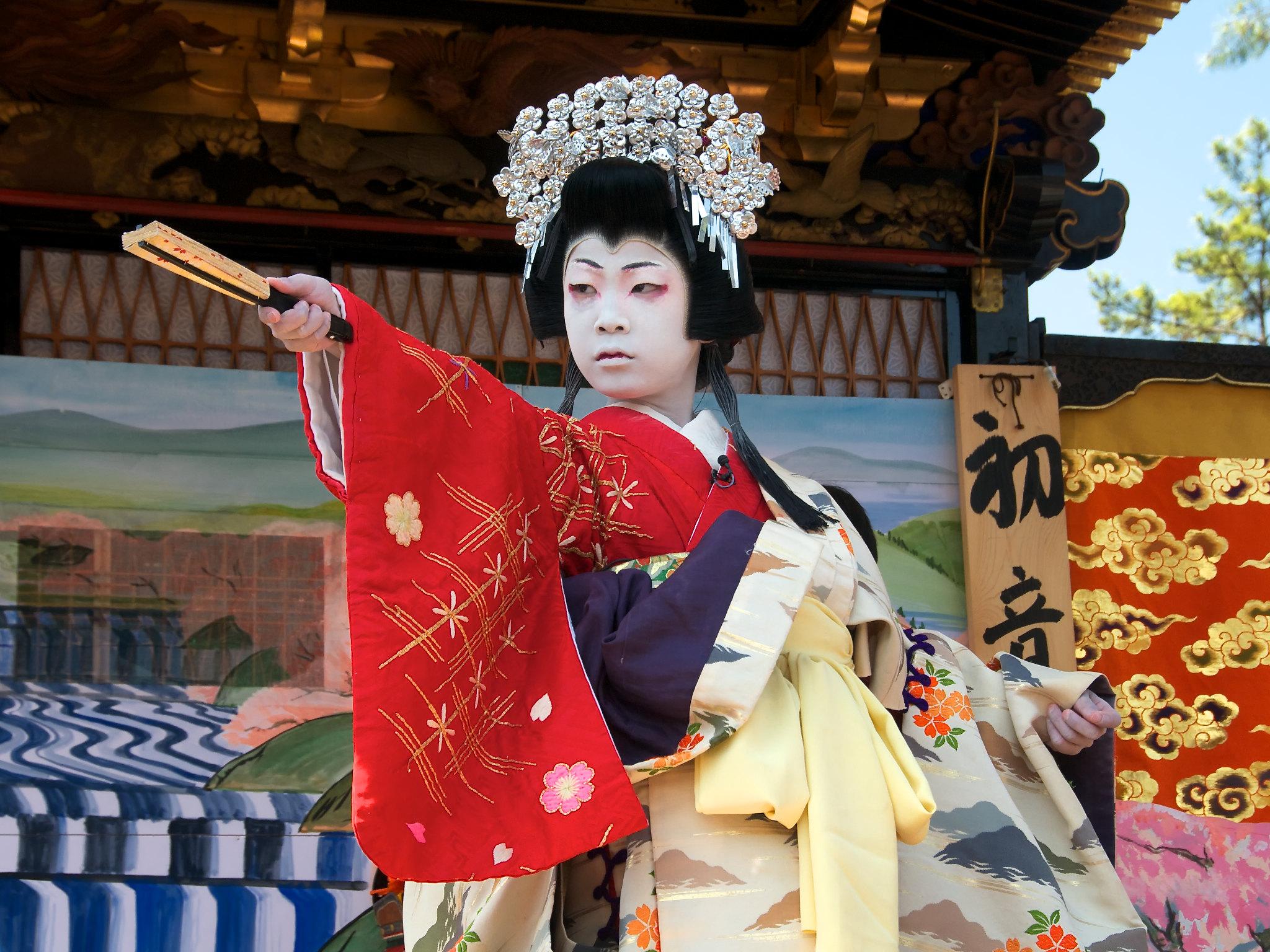la historia del teatro kabuki