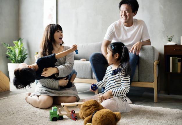 la mujer japonesa en el mercado laboral y en la familia